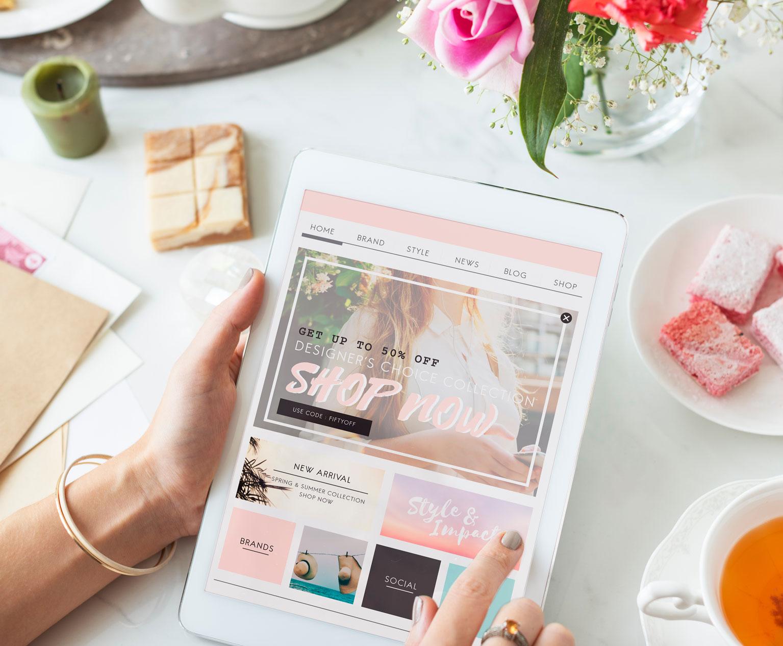 Woman-Shopping-Online-